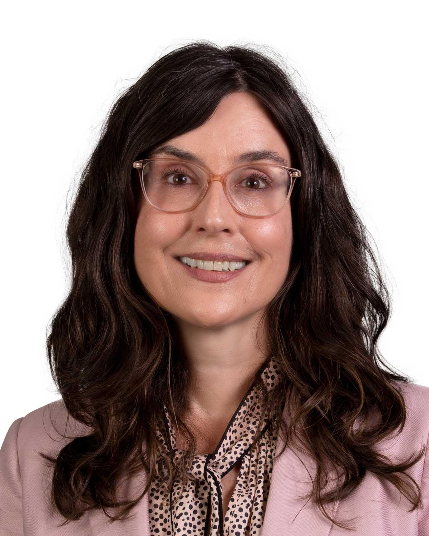 Dr Nina Puren